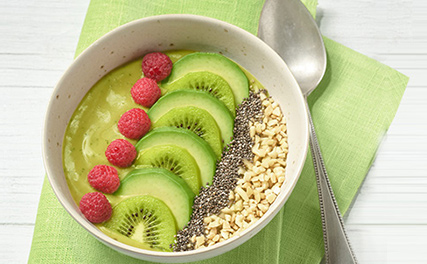 Grüne Avocado-Smoothie-Bowl